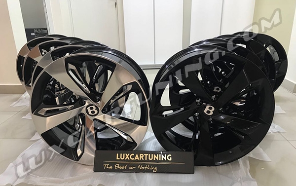 First Edition Black glossy and polishing with black R22 forged wheels for Your Bentley Bentayga.