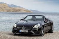 The new Mercedes-AMG SLC43 2017, prices and equipment